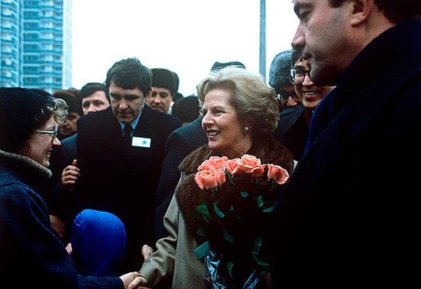 Двадцать три года назад Тэтчер побывала в Нижнем Новгороде с однодневным визитом.