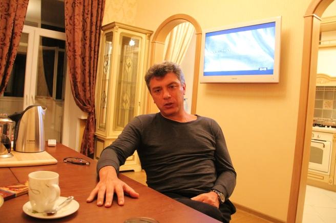 22.11.2013. Ярославль. В квартире Бориса Немцова
