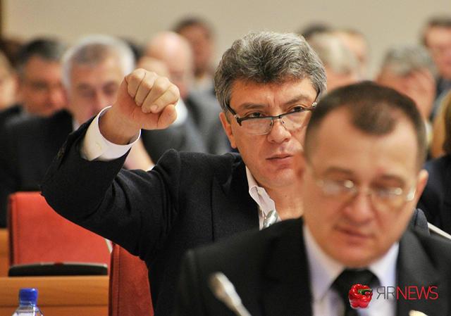 Борис Немцов на заседании Ярославской областной думы Фото: Андрей Комиссаров / yarnews.net