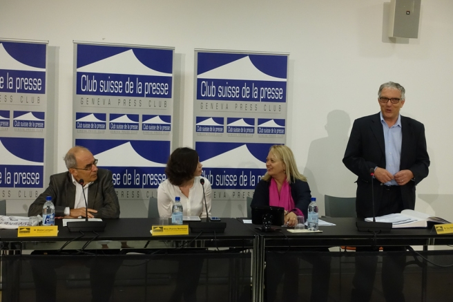Начало пресс-конференции (© Nashagazeta.ch)
