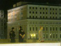 15.07.2016 Немцов мост.. Дежурство. Вертолёт ещё не пролетал ... Охрана