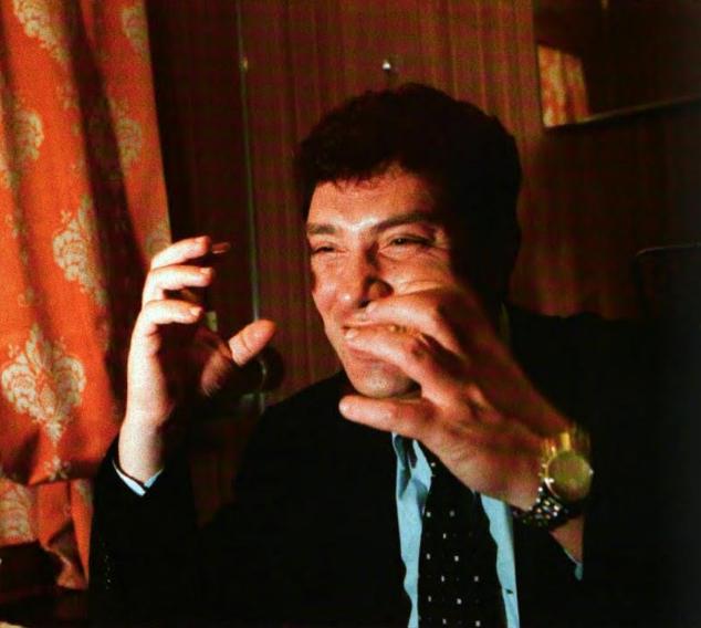 Отношение Немцова к олигархам всем известно