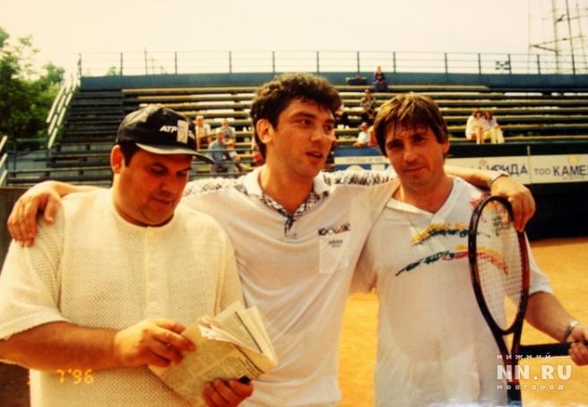 С нынешним главой города Иваном Карнилиным (справа). Фото: из архива Александра Котюсова