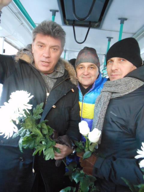 2012-12-15-nemtsov_lubyanka-2-3