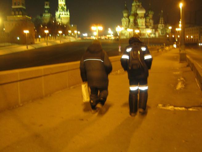 04.02.2017. Утреннее дежурство на мосту Немцова. После погрома.Ночные уходят